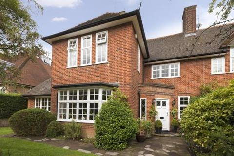 4 bedroom semi-detached house for sale - Middleway, Hampstead Garden Suburb, London, NW11