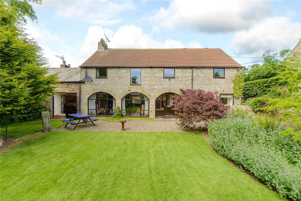 4 Bedrooms Semi Detached House for sale in Molesden, Morpeth, Northumberland