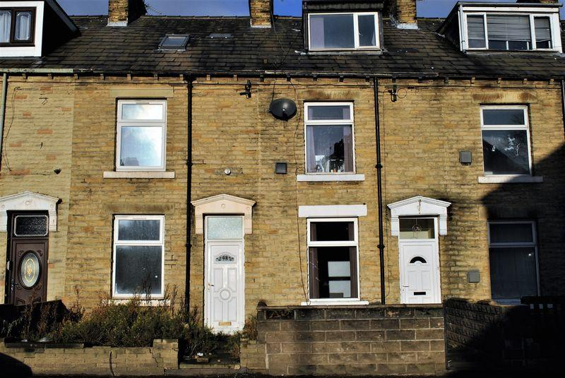 4 Bedrooms Terraced House for sale in Paley Road, East Bowling, Bradford, BD4 7EJ