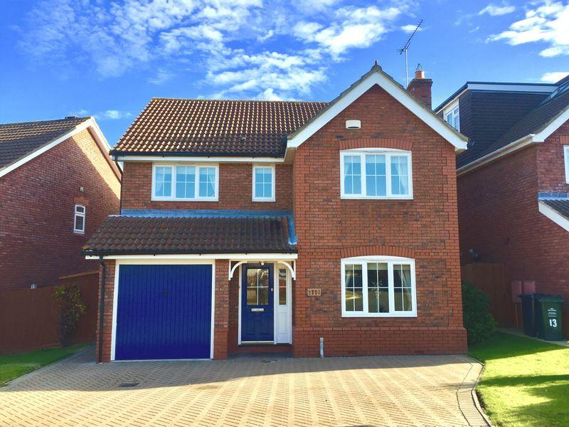 4 Bedrooms Detached House for sale in Taylor Row, Wilmington