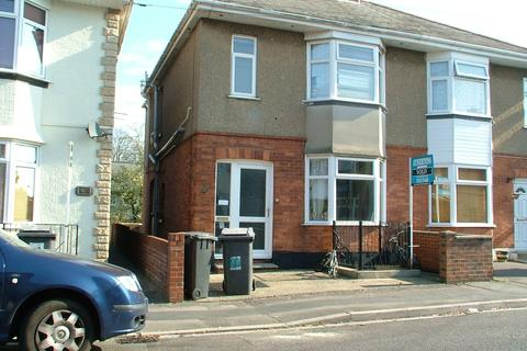 6 bedroom semi-detached house to rent - Elmes Road, Moordown, Bournemouth