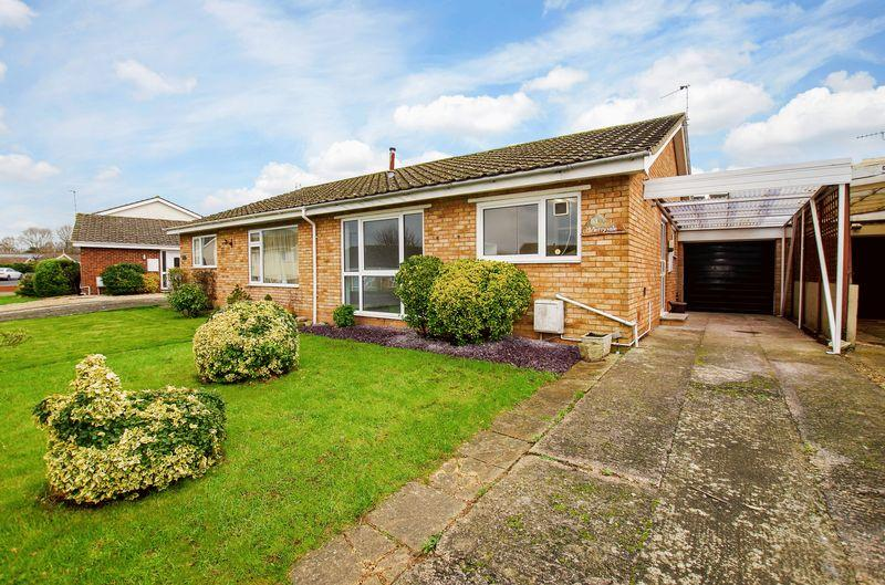 2 Bedrooms Semi Detached Bungalow for rent in Vereland Road, Hutton