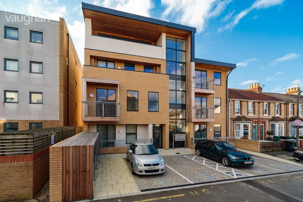 1 Bedroom Apartment Flat for sale in Symbister Road, Portslade, Brighton, BN41