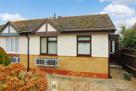 2 bedroom semi-detached bungalow for sale - St. Marys Road, Evesham