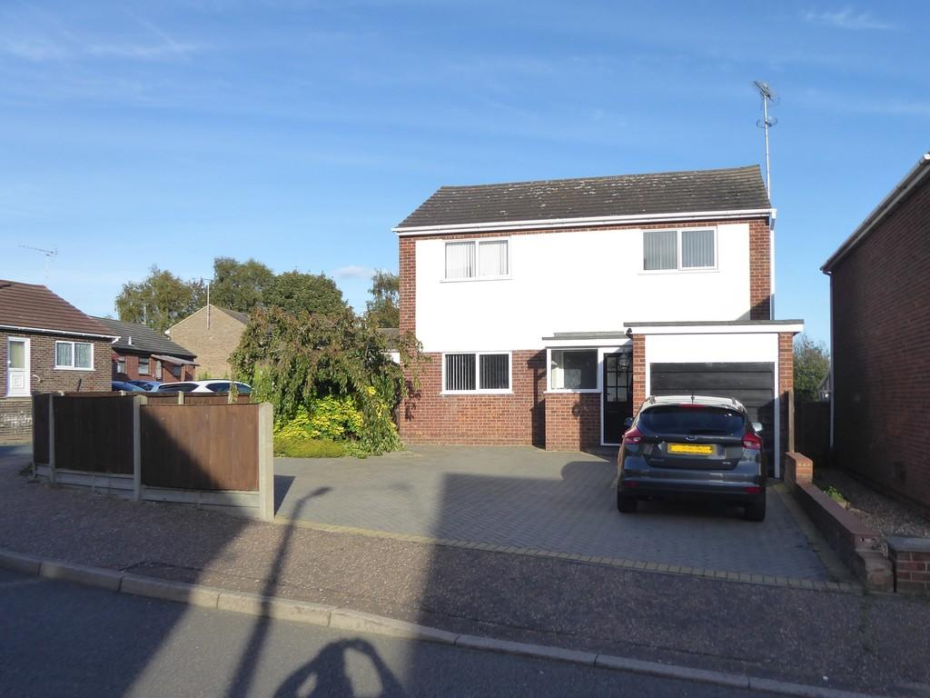 4 Bedrooms Detached House for rent in Warham Road, Harwich