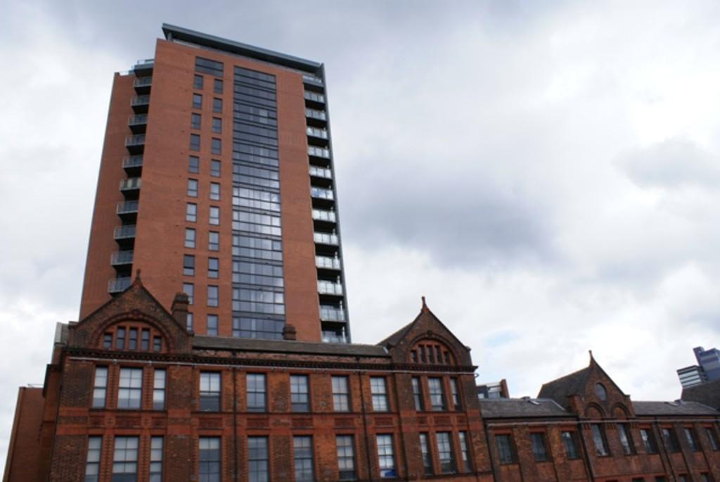 2 Bedrooms Apartment Flat for sale in Tempus Tower, 9 Mirabel Street