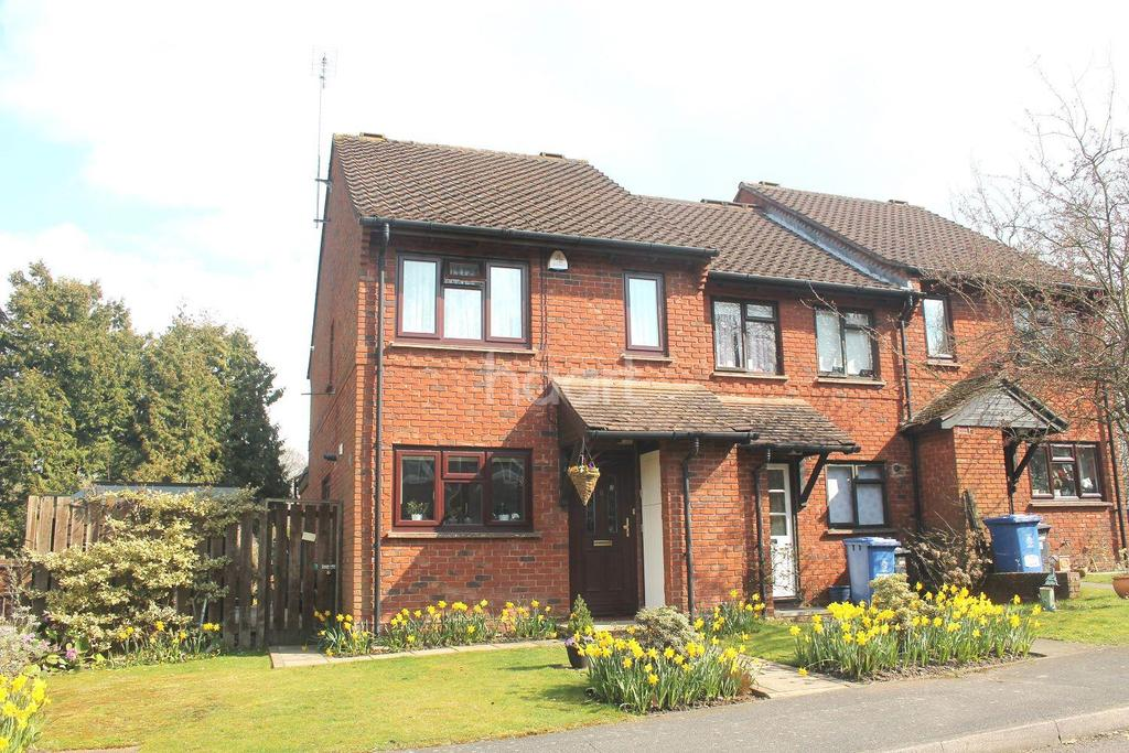 3 Bedrooms Semi Detached House for sale in Porchester, Ascot