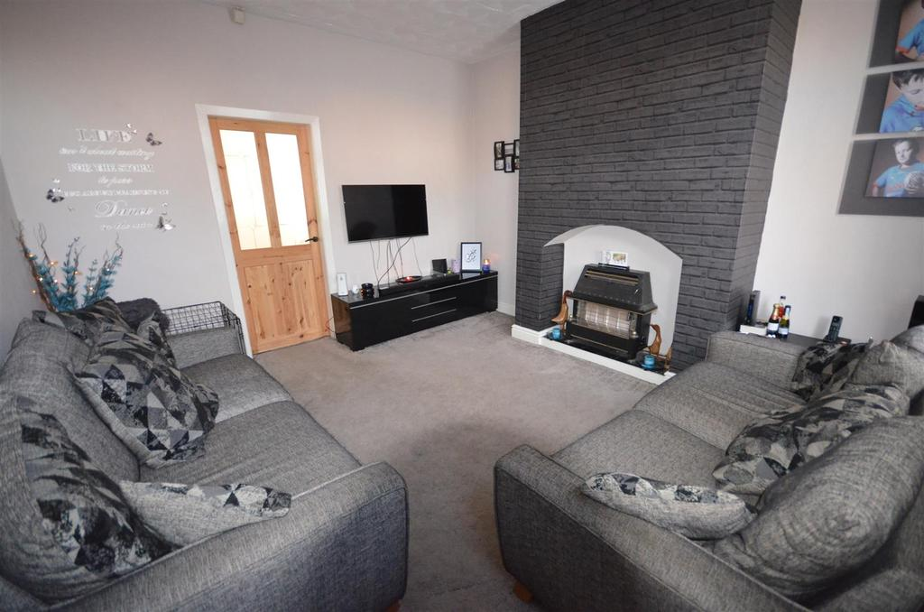 2 Bedrooms Terraced House for sale in Wilbur Street, Sutton