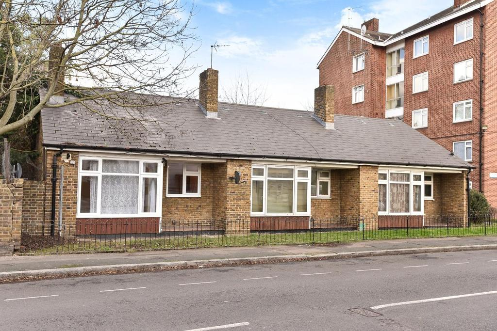 1 Bedroom Bungalow for sale in Lorrimore Road, Walworth