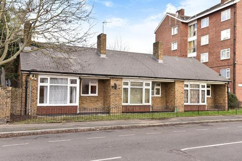 1 bedroom bungalow for sale - Lorrimore Road, Walworth