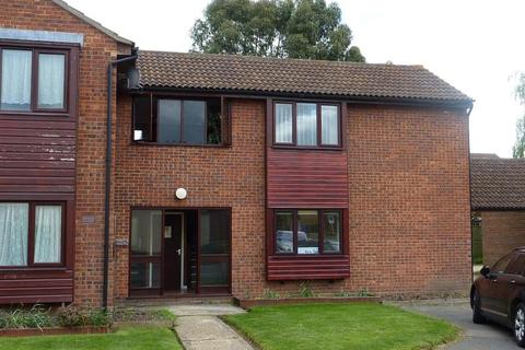 1 bedroom flat to rent - Petit Couronne Way, Beccles