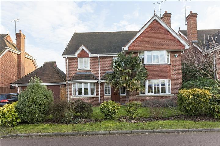 5 Bedrooms House for rent in Lower Sand Hills, Long Ditton, Surbiton, Surrey, KT6