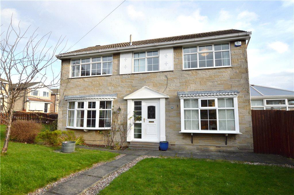 4 Bedrooms Detached House for sale in Calverley Lane, Farsley, Leeds