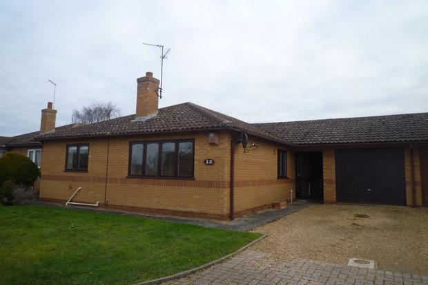 2 Bedrooms Detached Bungalow for sale in James Gage Close, Chatteris, PE16