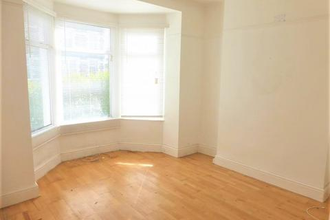 1 bedroom flat to rent - High Street, Penarth,