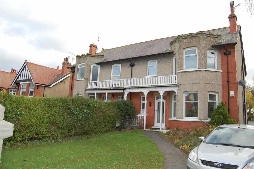 2 Bedrooms Apartment Flat for sale in Kings Road, West End, Colwyn Bay