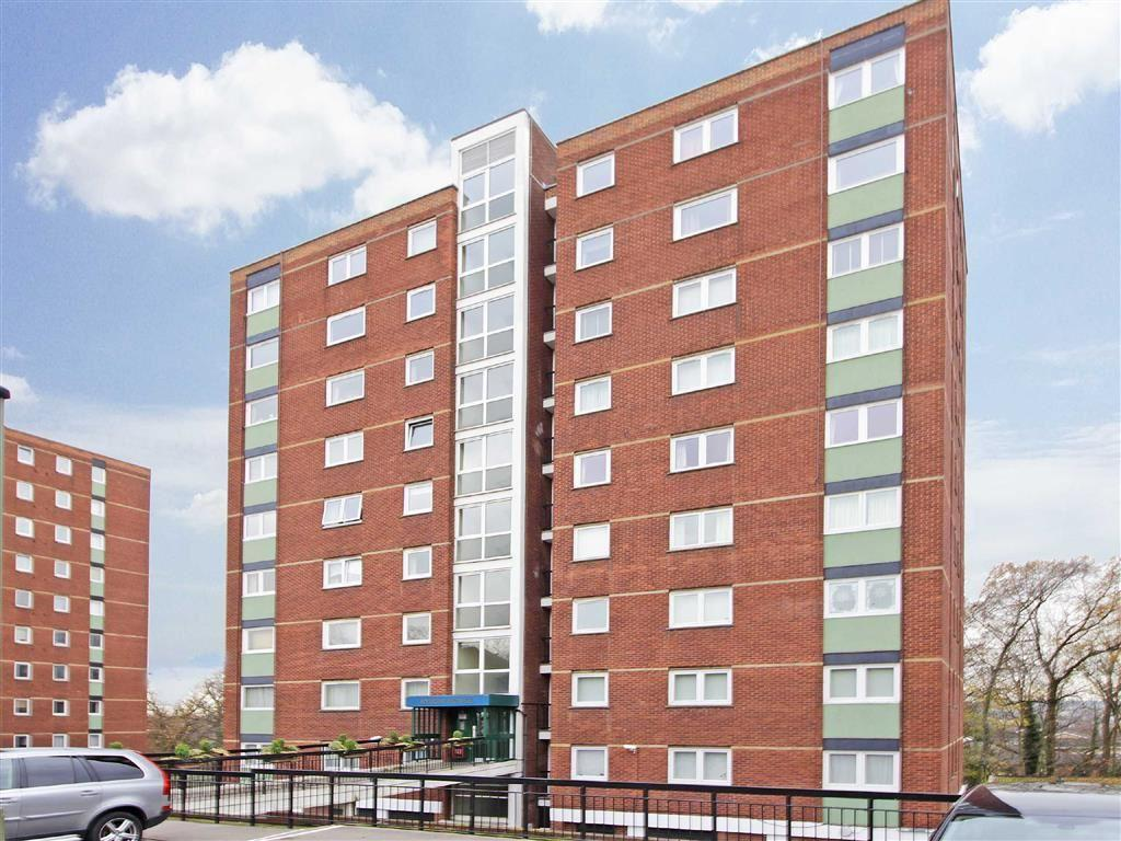 1 Bedroom Flat for sale in Byron House, Porchester Mead, Beckenham, Kent