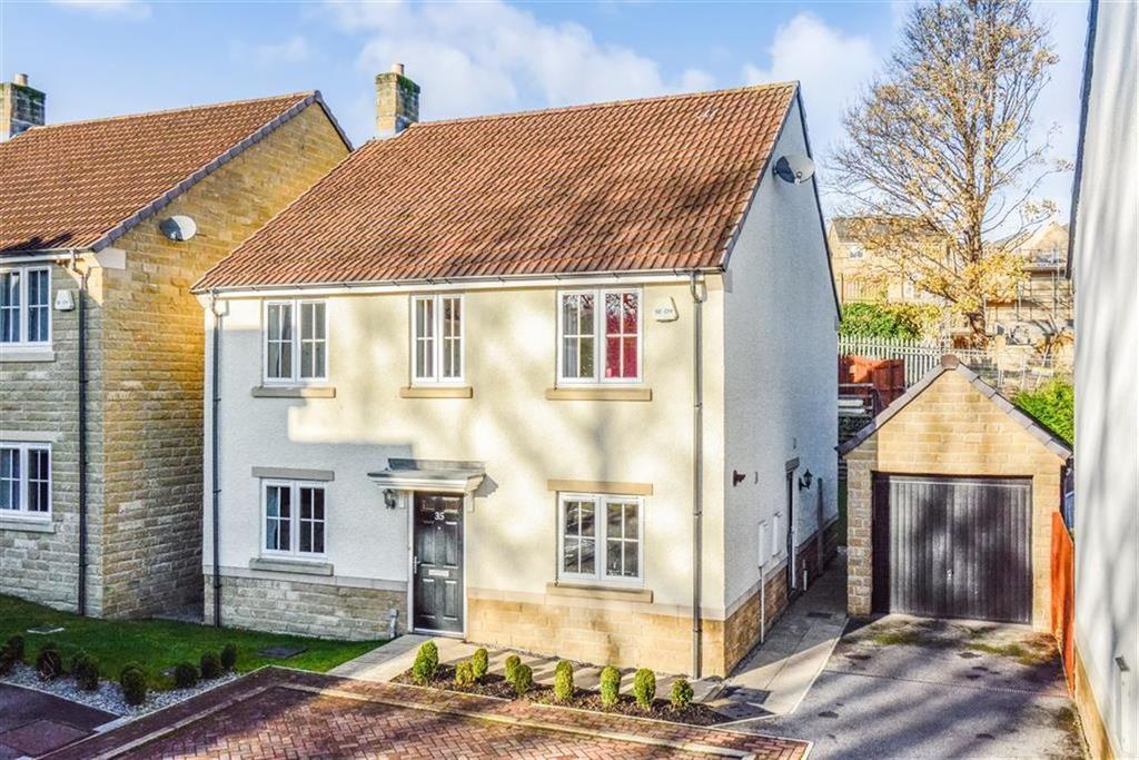 4 Bedrooms Detached House for sale in Platnam Grove, Birkby, Huddersfield, HD2