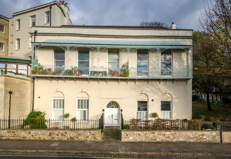 2 Bedrooms Maisonette Flat for sale in Sion Spring House, Sion Hill, Clifton, Bristol, BS8