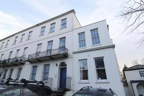 2 bedroom flat to rent - London Road, Cheltenham, GL52 6EX