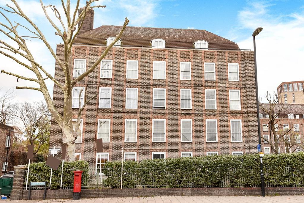 2 Bedrooms Flat for sale in Evelyn Street, Deptford