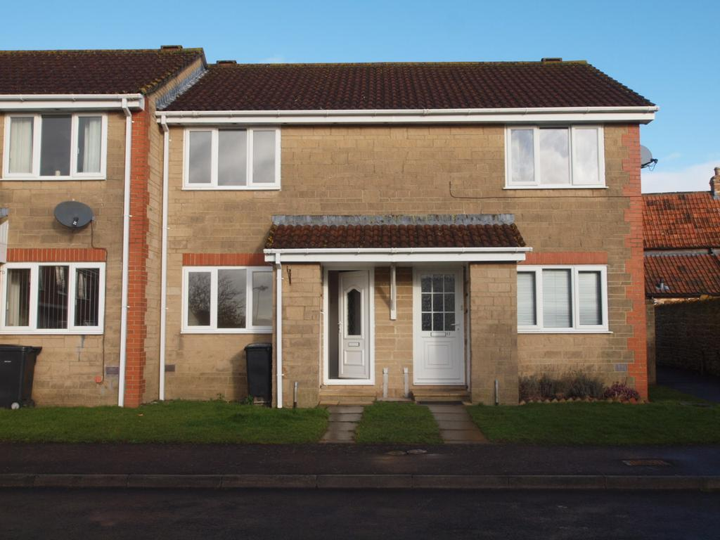 2 Bedrooms Terraced House for rent in Limbury, Yeovil TA12