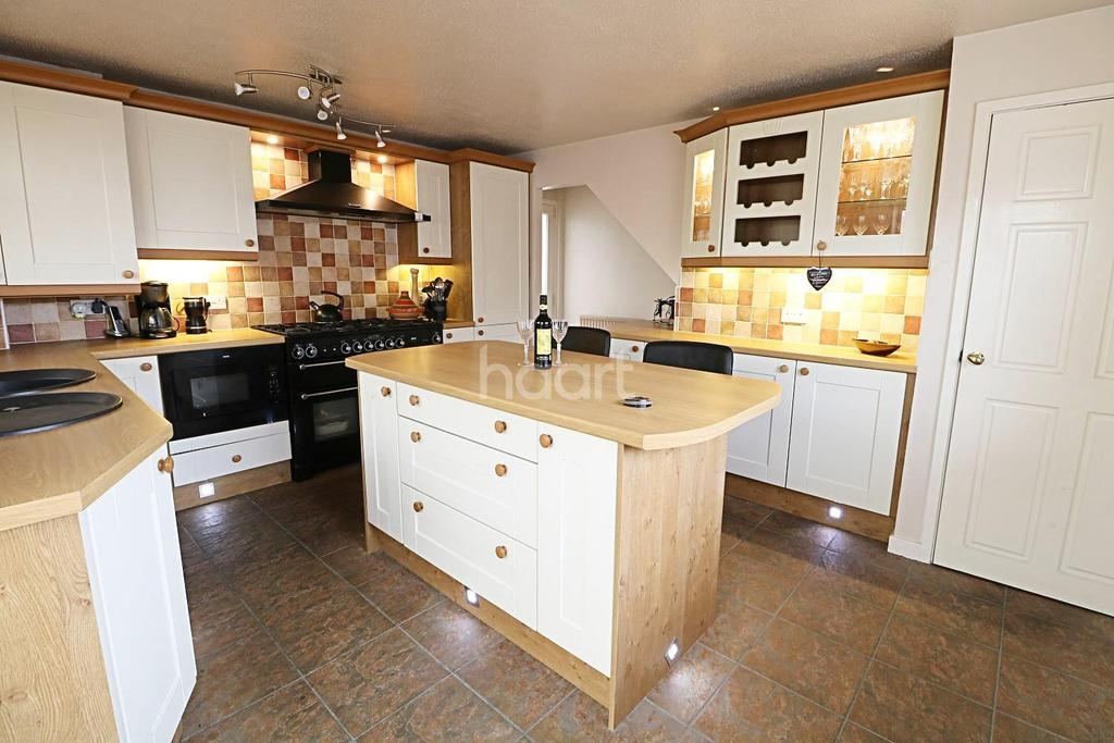 3 Bedrooms Detached House for sale in Oak Drive, New Balderton