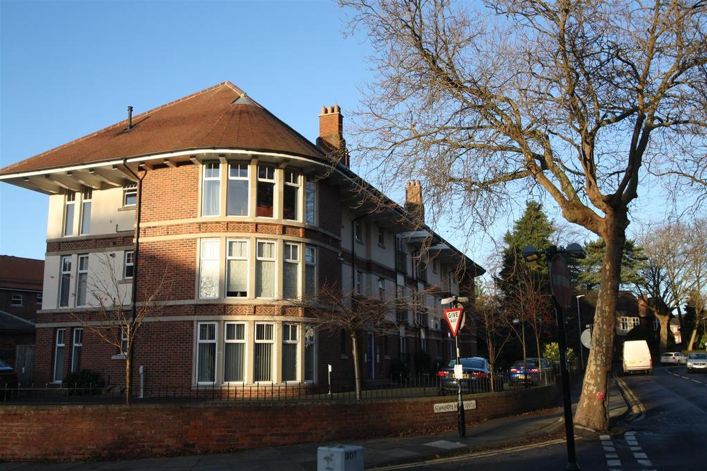 2 Bedrooms Apartment Flat for sale in Stanhope Road South, Darlington