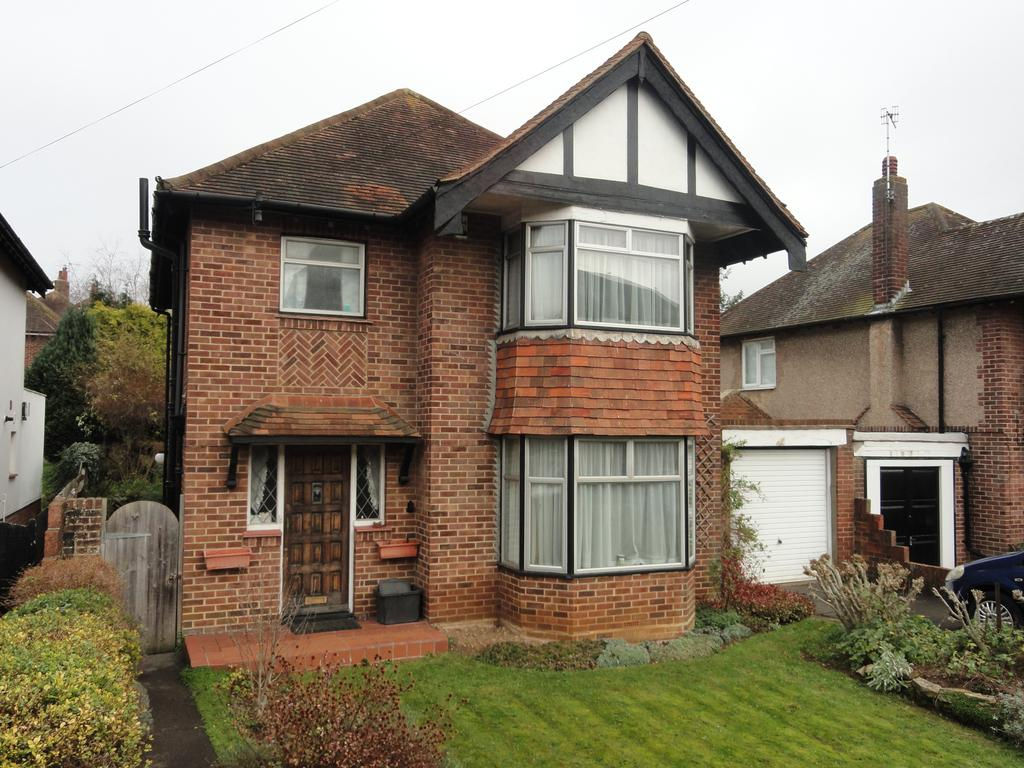 3 Bedrooms Detached House for sale in Goldstone Crescent, Hov BN3