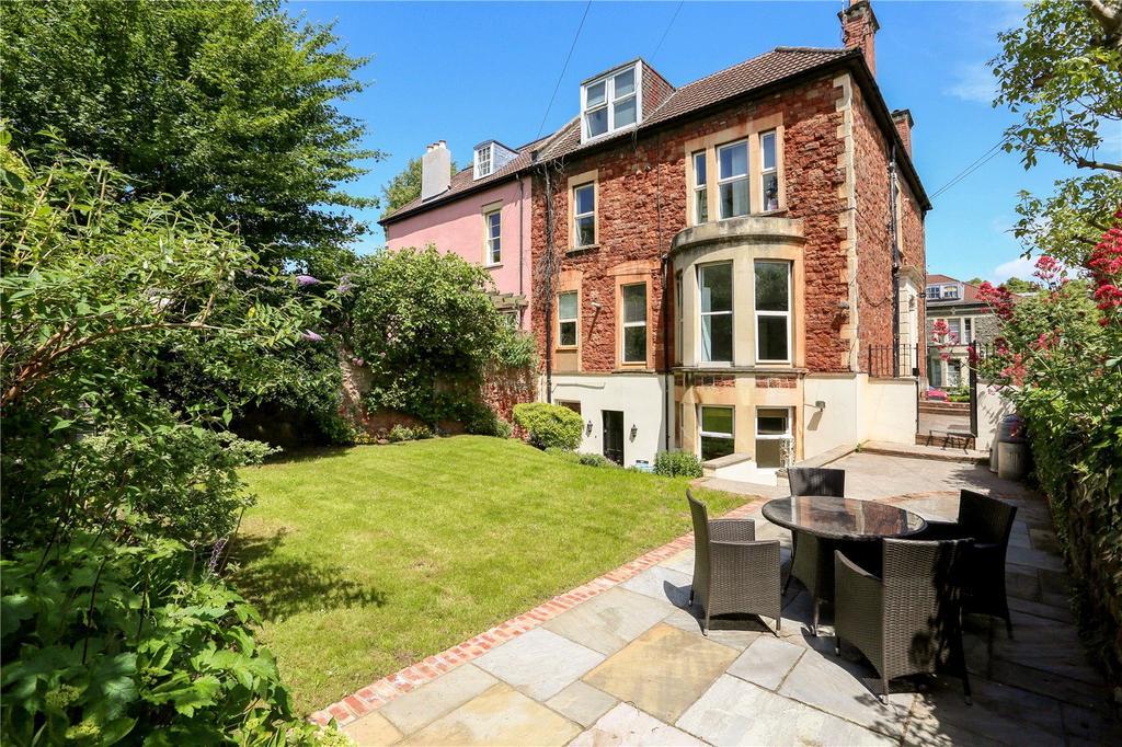 2 Bedrooms Flat for sale in Fernbank Road, Redland, Bristol, BS6