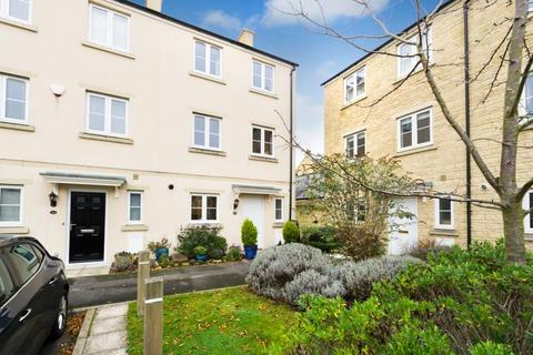 3 bedroom terraced house for sale - Ashcombe Crescent, Witney, Oxfordshire