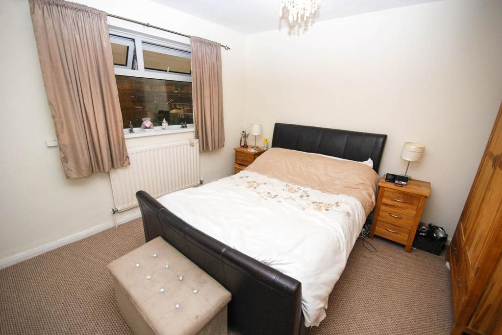 3 Bedrooms Terraced House for sale in Highridge, Birtley