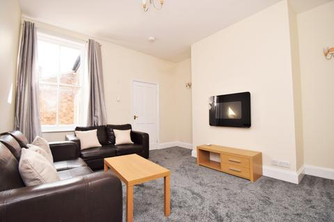 3 bedroom flat to rent - Tavistock Road, Jesmond, Newcastle Upon Tyne
