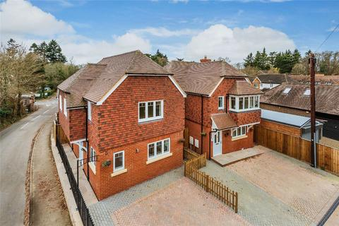 3 bedroom detached house for sale - Churt, Farnham, Surrey
