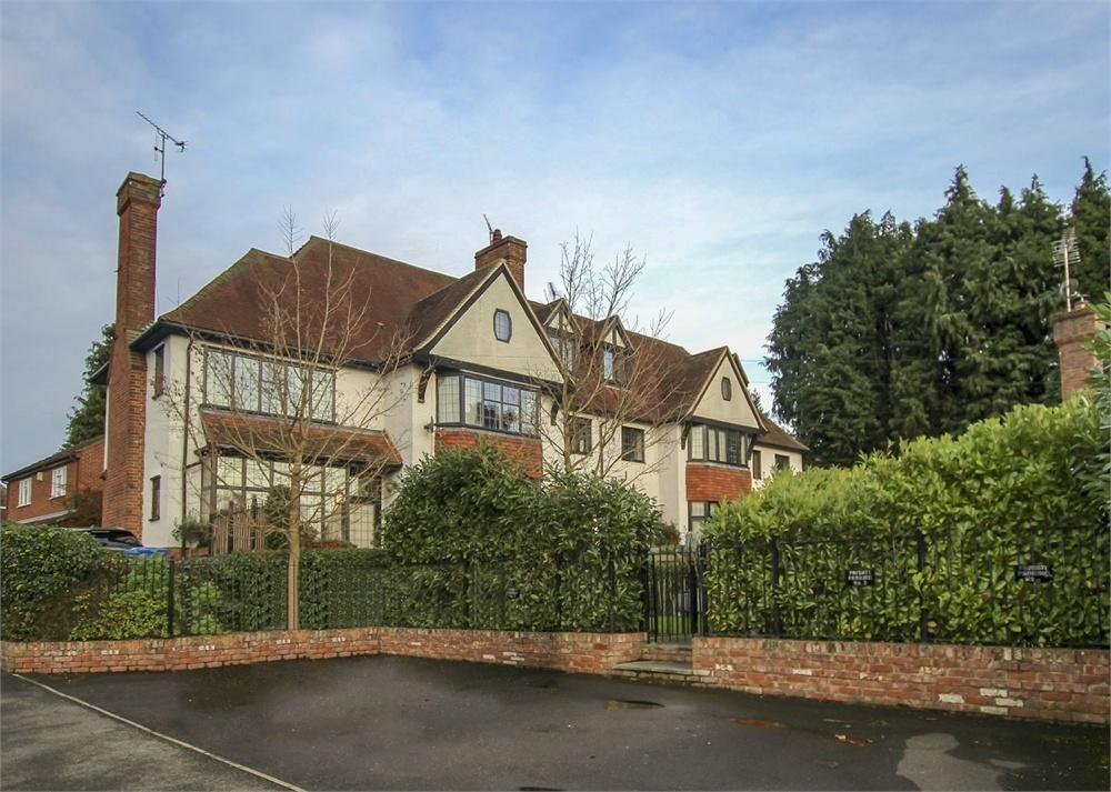 4 Bedrooms Town House for rent in Woodridge Close, Bracknell, Berkshire
