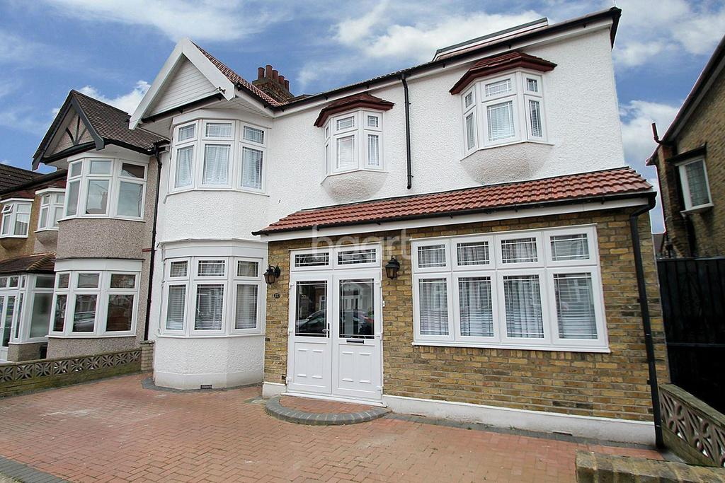 7 Bedrooms Semi Detached House for sale in Campbell Avenue, Barkingside