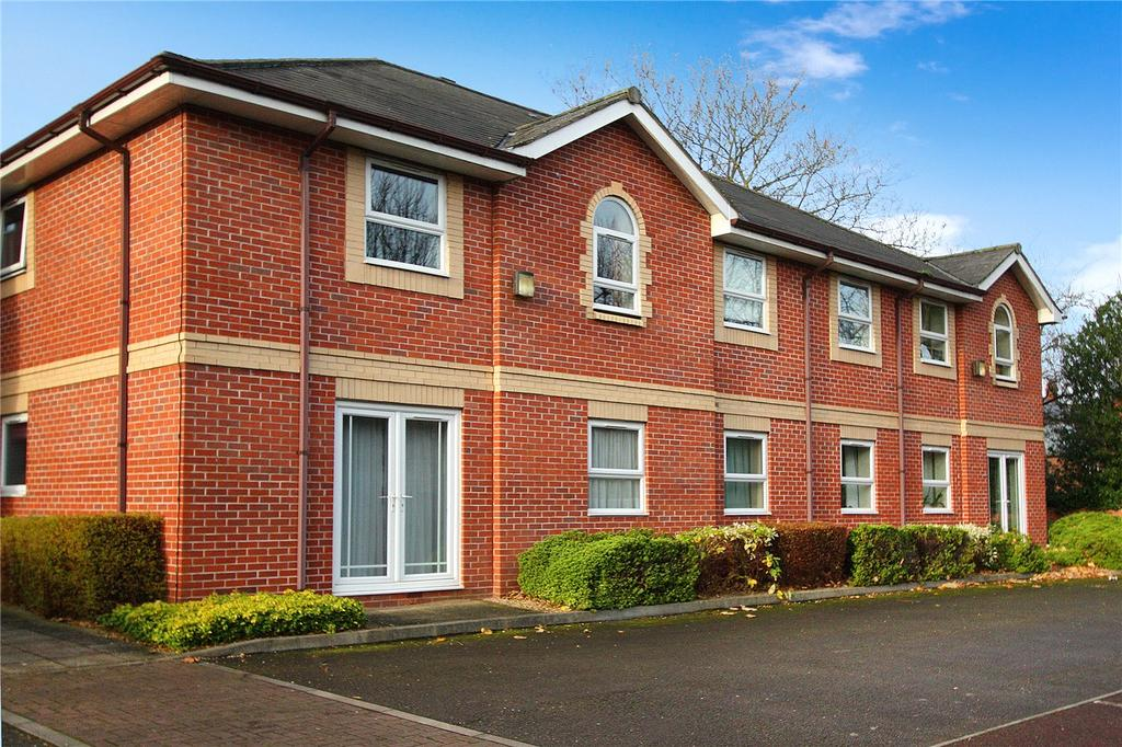 2 Bedrooms Flat for sale in Cambridge Court, Loughborough Road, West Bridgford, Nottingham, NG2