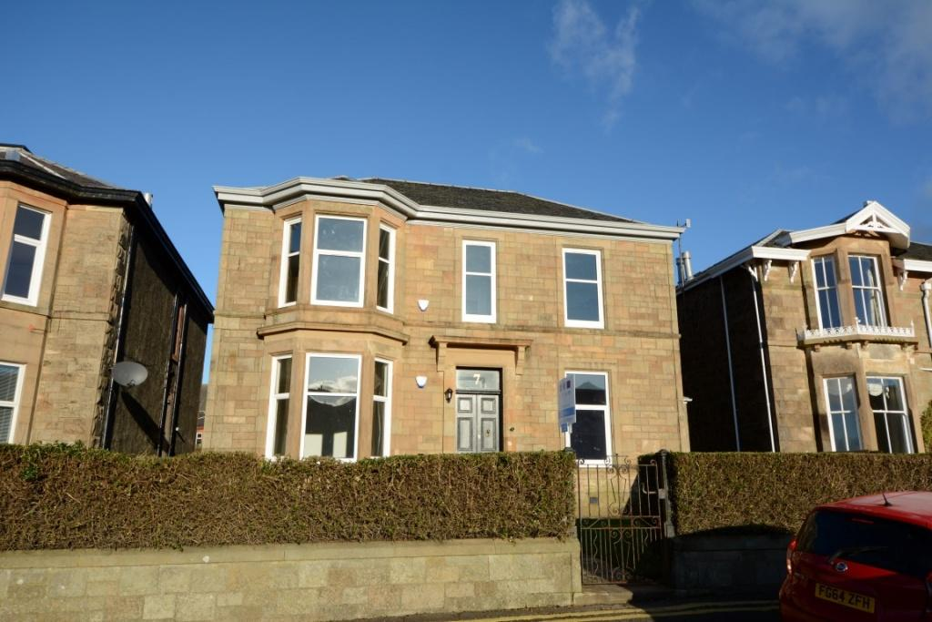 3 Bedrooms Ground Flat for sale in 7 Gogo Street, Largs, KA30 8BU