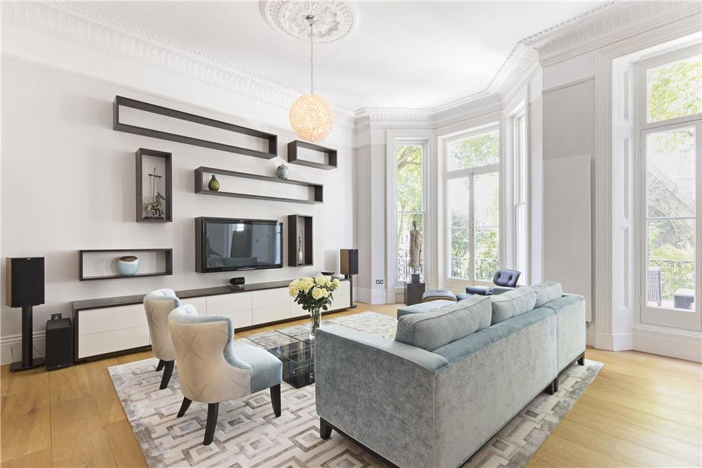 2 Bedrooms Flat for sale in Courtfield Gardens, Earls Court, London, SW5