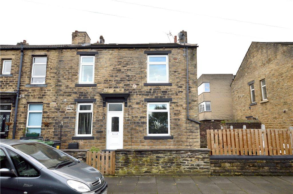 2 Bedrooms Terraced House for sale in Laurel Terrace, Pudsey, Leeds, West Yorkshire