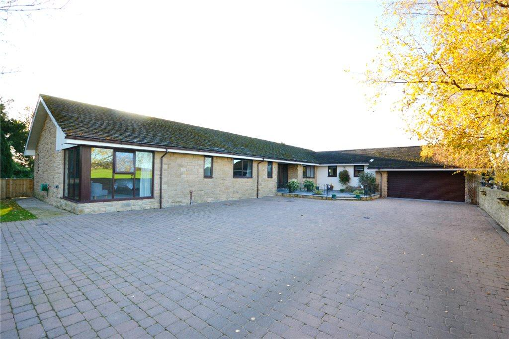 4 Bedrooms Detached Bungalow for sale in Ayton Road, Stokesley, North Yorkshire