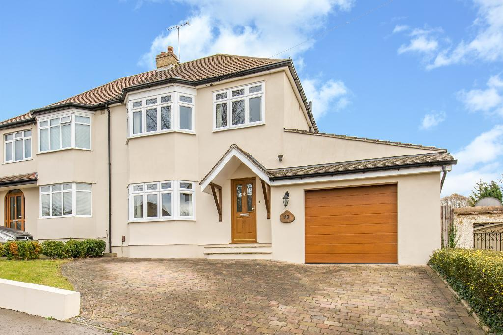 3 Bedrooms Semi Detached House for sale in Croham Mount, South Croydon, Surrey, CR2 0BR