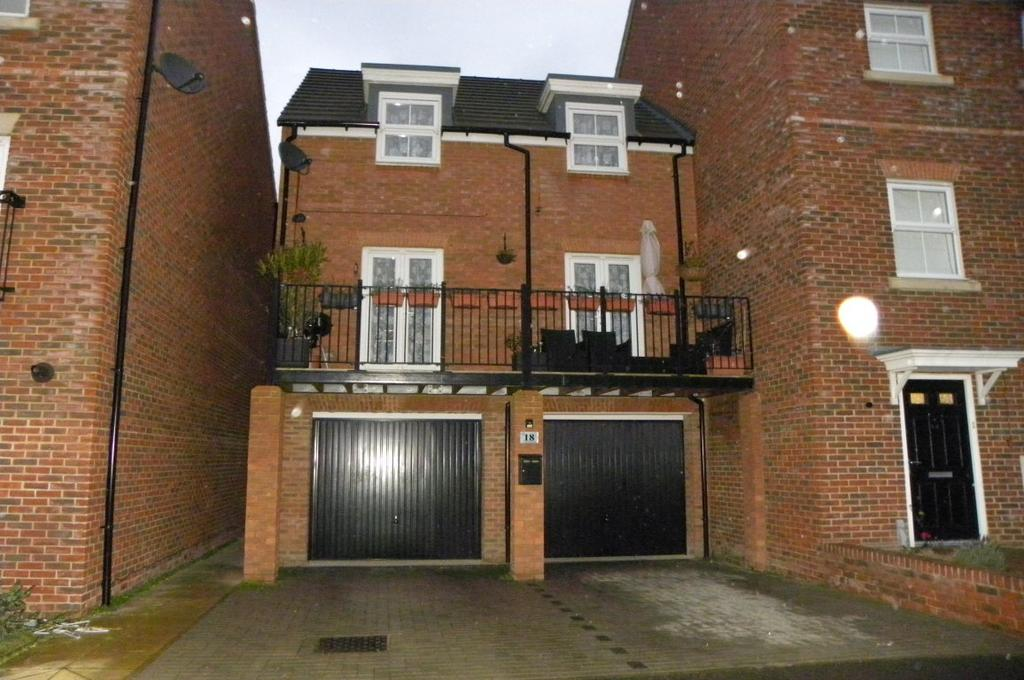 3 Bedrooms End Of Terrace House for sale in Limestone Grove, Houghton Regis