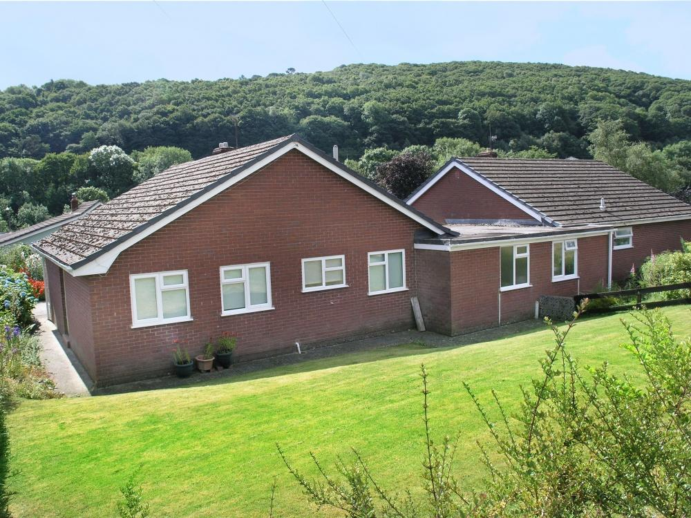 2 Bedrooms Detached House for sale in Millfield Close, Knighton, LD7