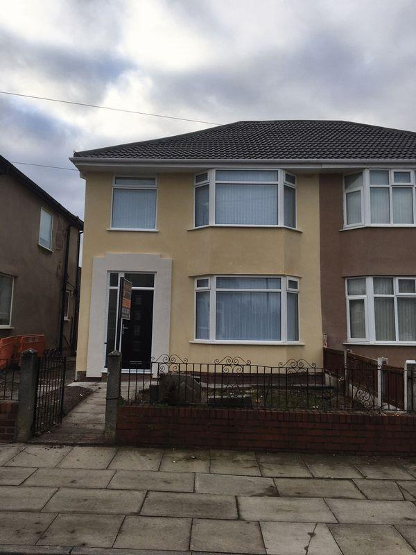 3 Bedrooms Semi Detached House for sale in Montgomery Road, Liverpool