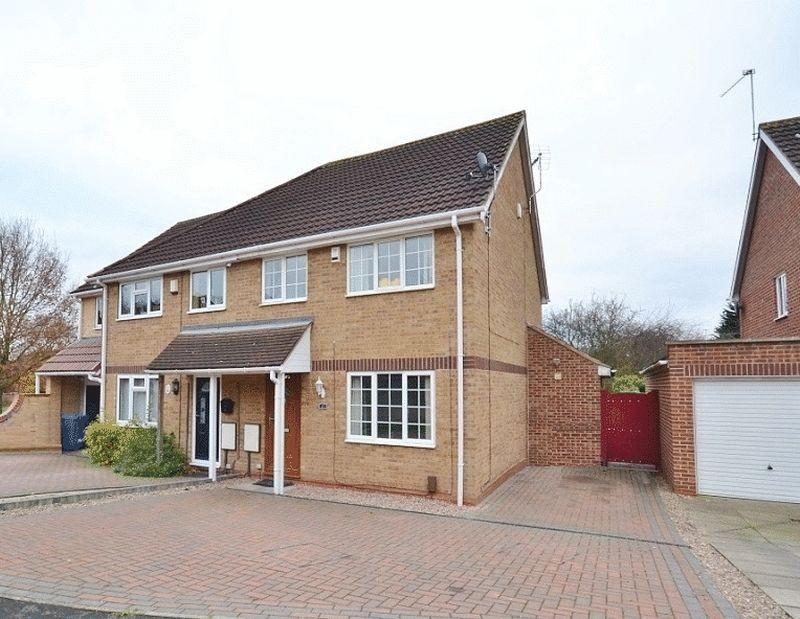 3 Bedrooms Semi Detached House for sale in SAFFRON DRIVE, OAKWOOD