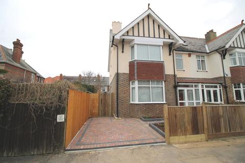4 bedroom semi-detached house to rent - Nettlestone Road, Southsea