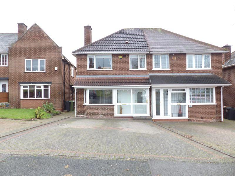 3 Bedrooms Semi Detached House for sale in Tyndale Crescent, Great Barr