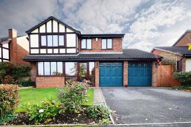 4 Bedrooms Detached House for sale in Overton Lane, Burntwood
