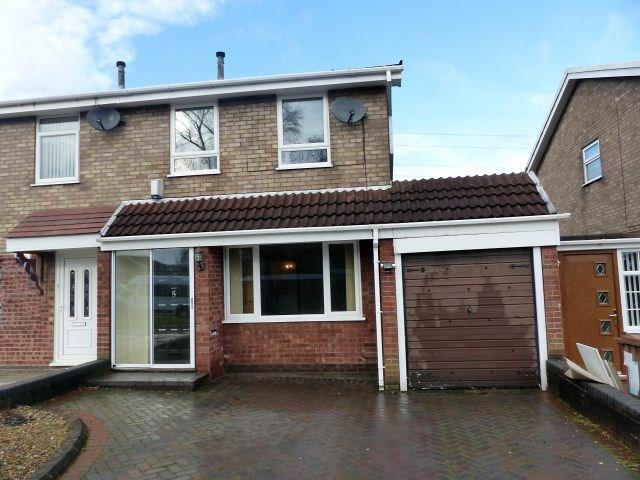 3 Bedrooms Semi Detached House for sale in Earl Drive, Burntwood